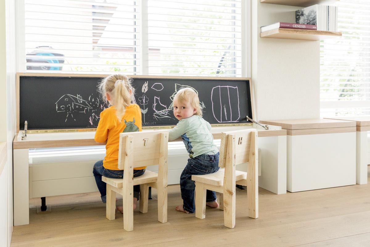 Woonkamer kinderspeelhoek 'have fun'   stijlapart